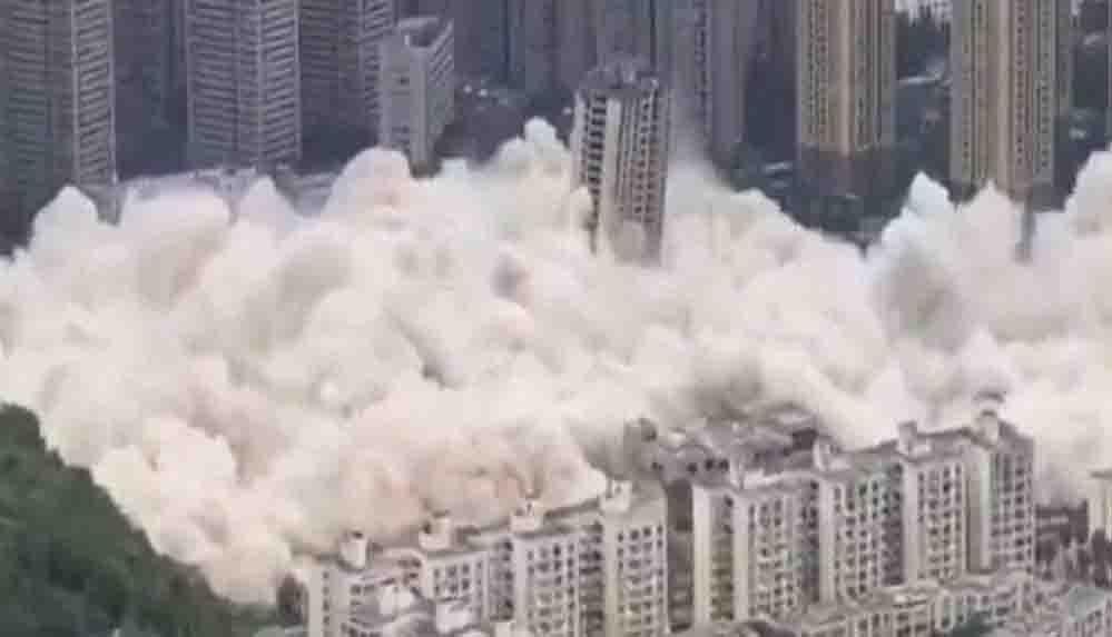 Çin'de yapımı bitmeyen 15 gökdelen 4.6 ton patlayıcıyla yıkıldı