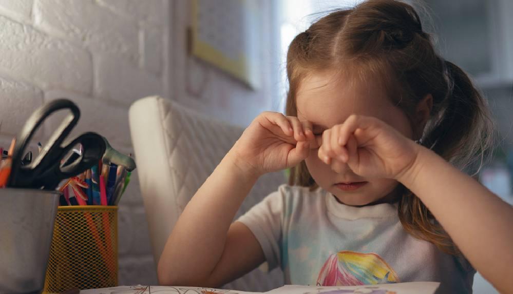 Çocuklarda görme bozukluğuna işaret eden 8 önemli belirti