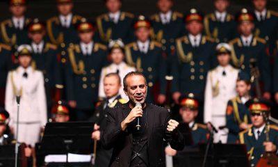 Rus Kızılordusu Korosu ve Haluk Levent Cumhuriyet Marşlarını seslendirdi