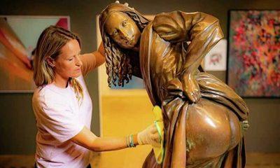 Sokak sanatçılarının meydan okumasından doğan 'Moona Lisa' heykeli İngiltere'de sergileniyor