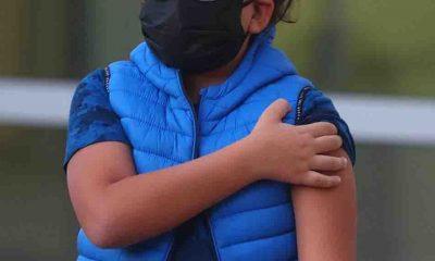 İngiltere'de 12-15 yaş arasındaki çocuklara Covid-19 aşı önerisi