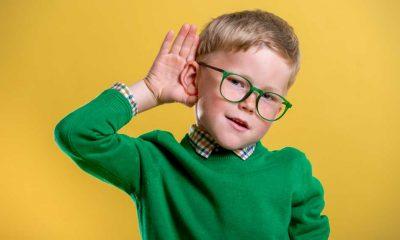 Çocuklarda işitme kaybının 10 önemli̇ sinyali!