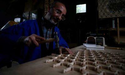Japonların altı asırlık kumiko sanatı Hikmet öğretmenin elinde canlanıyor