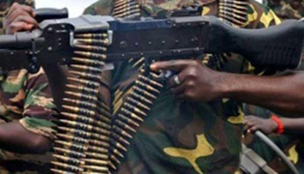 BM: Kongo Demokratik Cumhuriyeti'nde isyancı gruplar silahları ordudan temin ediyor
