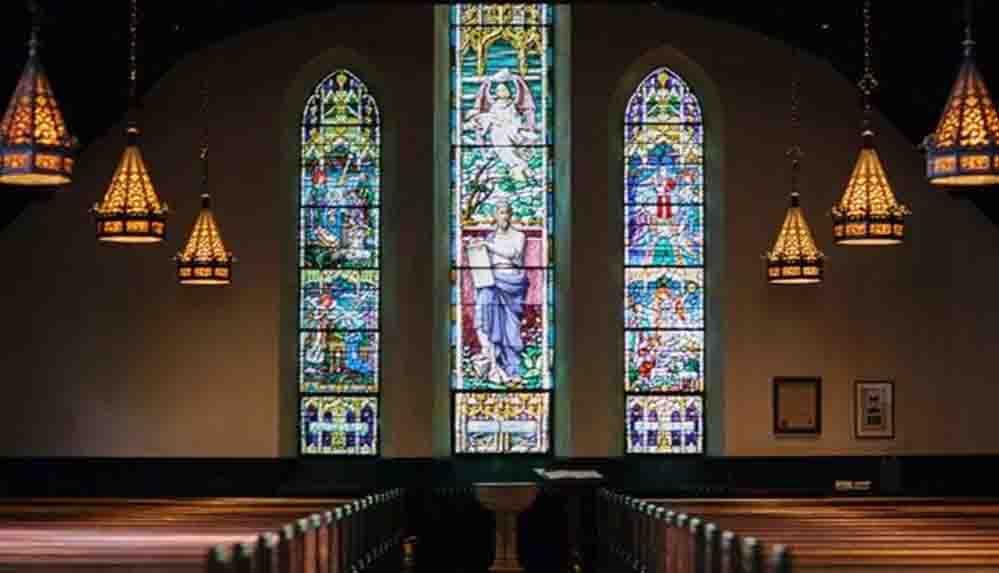 Kilise gezisi sırasında 400 yıllık kayıp tabloyu buldu