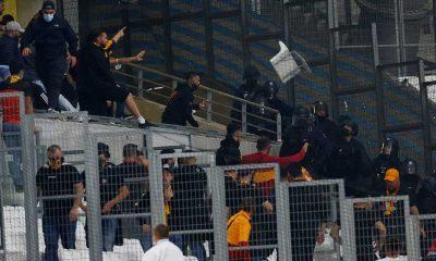 Marsilya'da Galatasaraylılar ile güvenlik güçleri arasında gerginlik çıktı