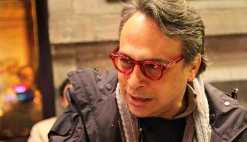 Modacı Barbaros Şansal'a, 'hükümeti aşağılama' suçlamasıyla, 3 ay 22 gün hapis cezası verildi