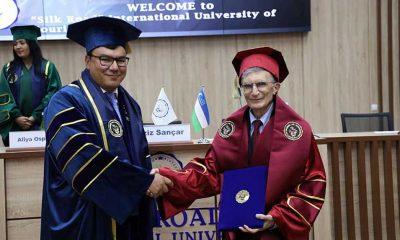Nobel ödüllü bilim insanı Aziz Sancar'a Özbekistan'da fahri doktora unvanı verildi
