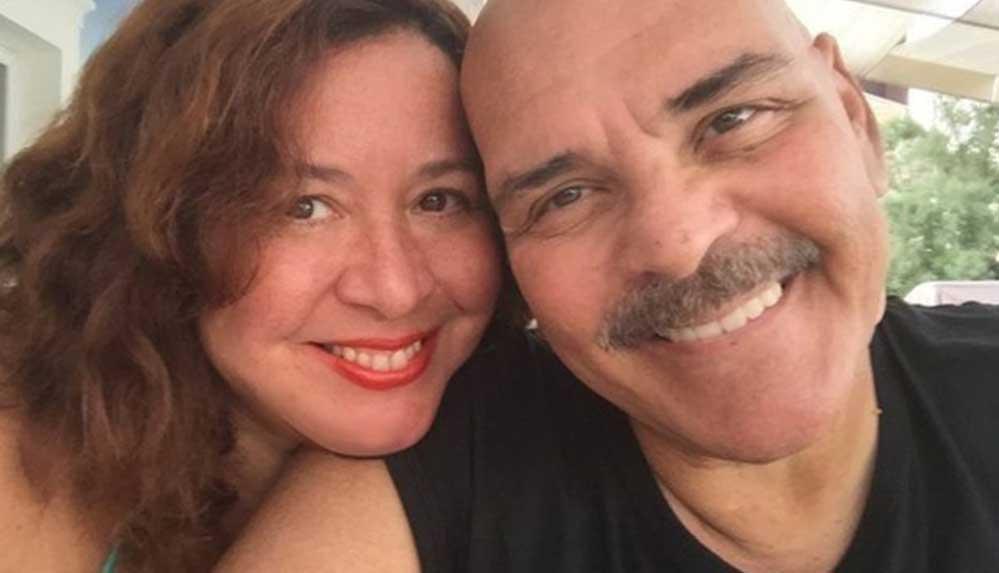 Merhum sanatçı Rasim Öztekin'in eşinden duygulandıran paylaşım: Alyansın parmağımda, sevdan kalbimde