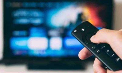 Reality şov programındaki yarışmacılara cinsel ilişki için rıza kuralı