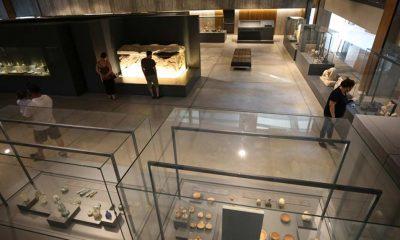 Troya Müzesi'nde açılan sergi, kazıların 150 yıllık geçmişini belgelerle anlatıyor