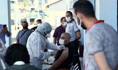 Türkiye'de bugüne kadar yapılan aşı sayısı 106 milyon 893 bin 726'ya yükseldi