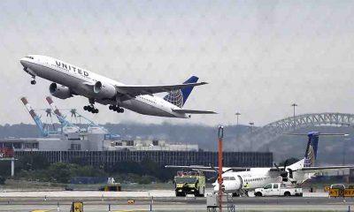 United Airlines, ABD'de aşılanmayı reddeden 600'e yakın çalışanını işten çıkartıyor