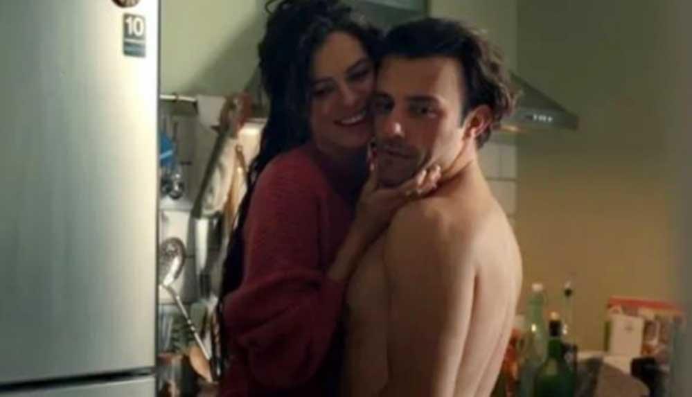 Ünlü oyuncu Salih Bademci: Partnerlerim hep hamile kalıyor, Telli Baba gibi hissediyorum
