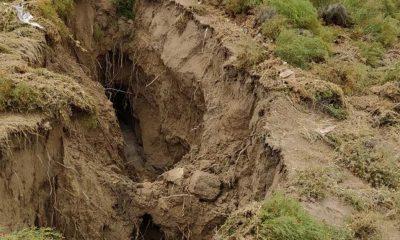 Yer altı sularındaki çekilme nedeniyle Konya'da dev yüzey yarığı oluştu