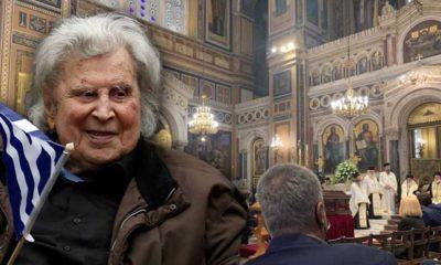 Zülfü Livaneli, Mikis Theodorakis'e veda töreninden paylaştı: 'Halk yağmur altında onun şarkılarını söylüyor'