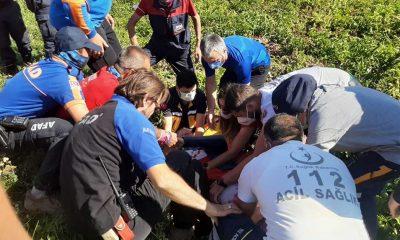 Niğde'de bir paraşütçü patates tarlasına düştü