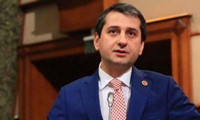 """İyi Partili Özkan: Bir taksici, turisti """"Anadolu Yakası'na geçebilmemiz için önce vize almamız gerekiyor"""" diyerek dolandırmış"""