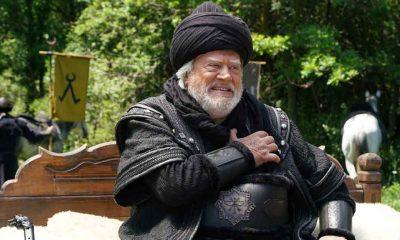 """Cüneyt Arkın Kuruluş Osman'a veda etti: """"Benim için bir hikayenin daha sonu geldi"""""""