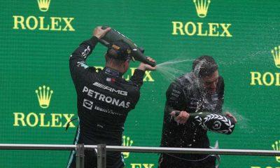Fatih Altaylı: F1 pilotları bu kez gazoz ile değil şampanya ile kutladılar
