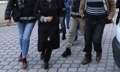 İzmir'de FETÖ'nün emniyet mahrem kadın yapılanması soruşturmasında 32 kişi gözaltına alındı