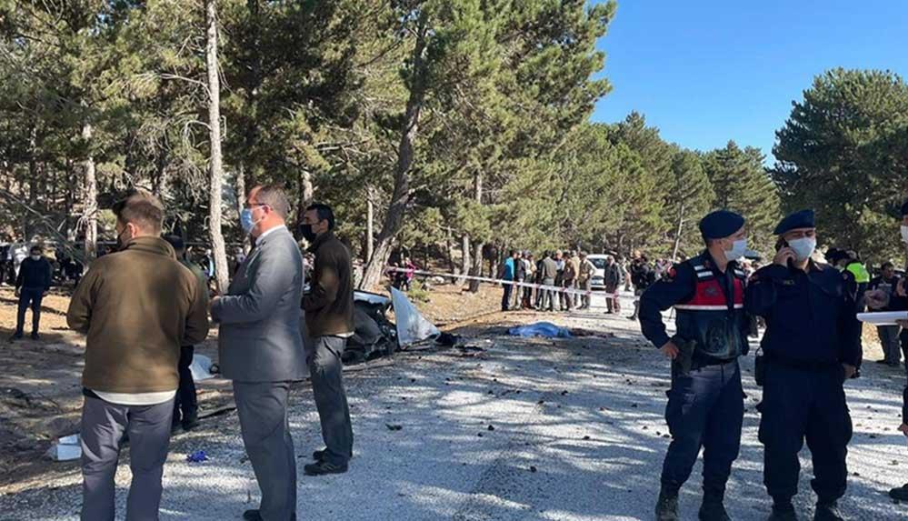 Afyonkarahisar'da 5 öğrencinin yaşamını yitirdiği kazayla ilgili gözaltına alınan servis şoförü tutuklandı