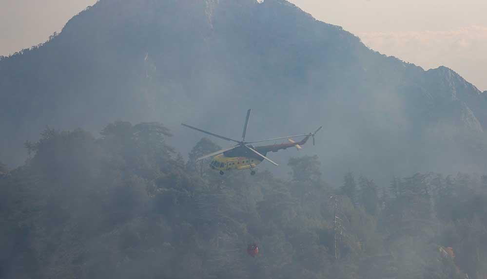 Kemer'de orman yangını sürüyor