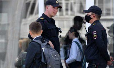 Rusya'da 6. sınıf öğrencisi okula götürdüğü silahla ateş etti