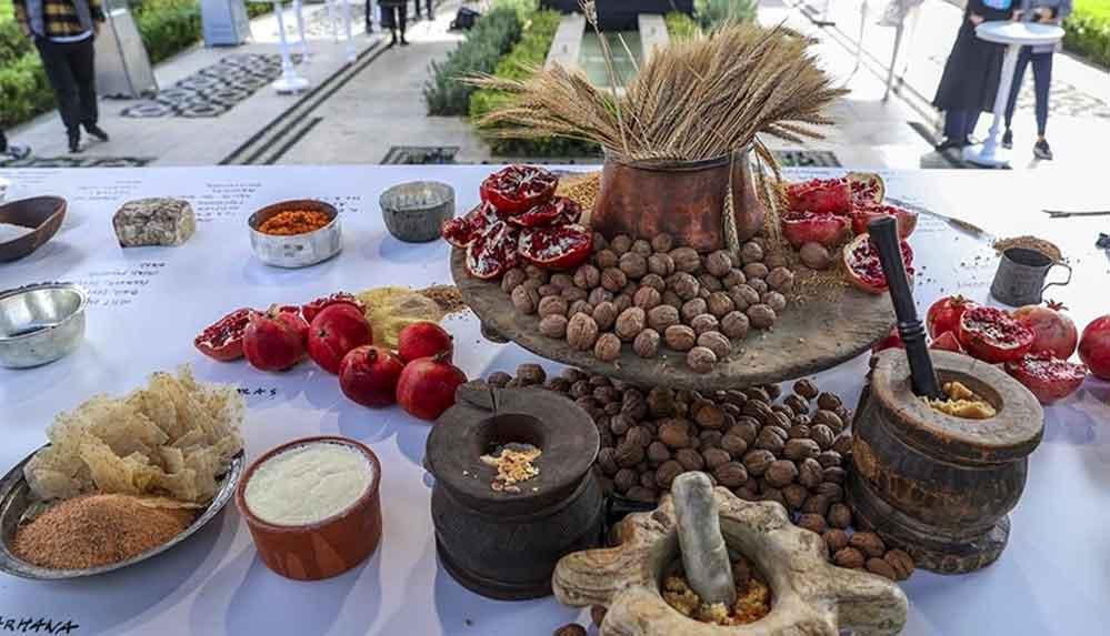 Şef Ömür Akkor ile 'Anadolu'nun Binlerce Yılı' başlıklı yemek sergisi açıldı