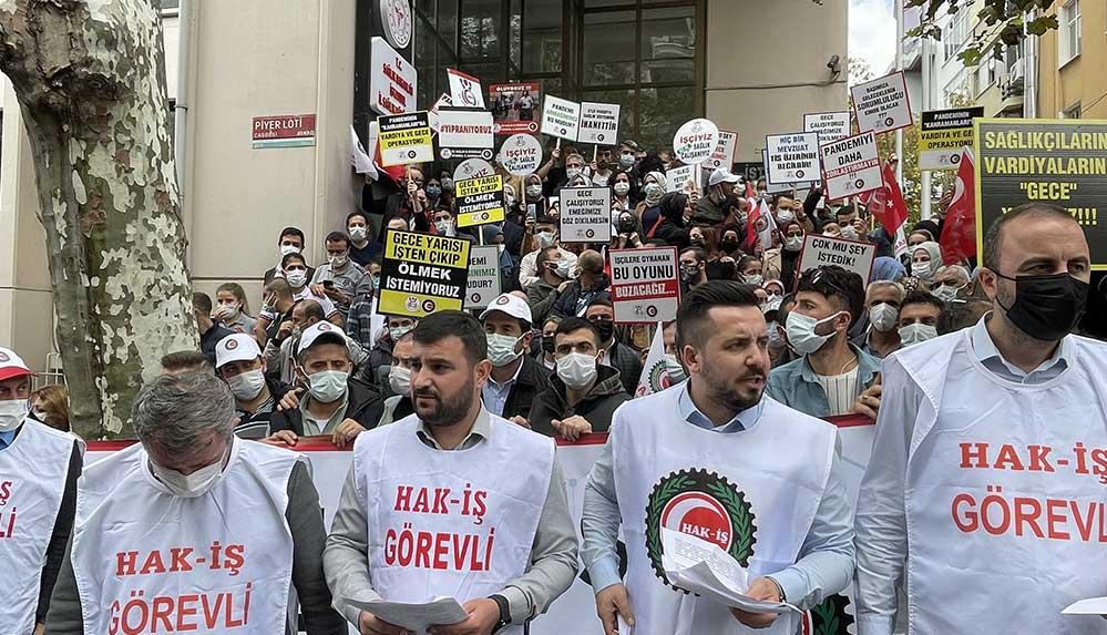 Sağlık çalışanlarından üçlü vardiya protestosu