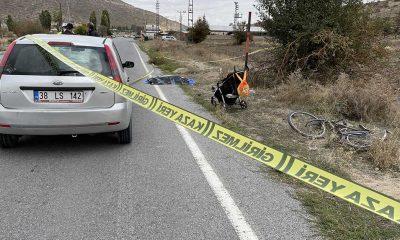 Yürüyüşe çıkan ailesinin yanında otomobil çarpan bisikletli çocuk öldü
